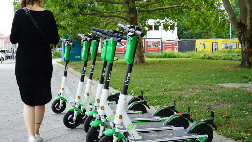 Lime-electric-scooter-1024x576