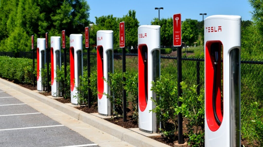electric car charge stations Tesla