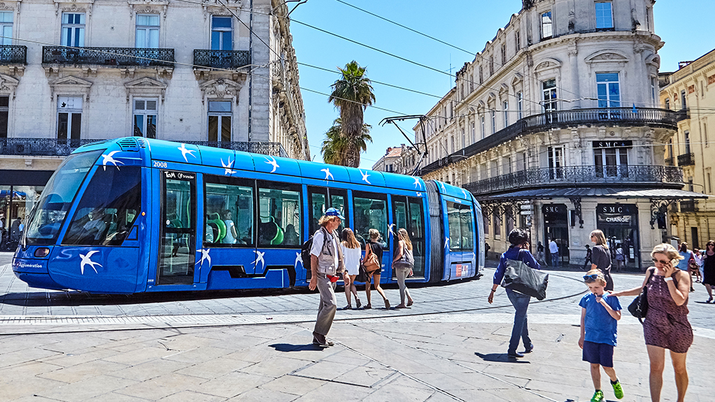 Montpellier free of charge public transport -free bus - free tramway
